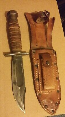 Original US WWII Fighting Knife Camillus with Leather Scabbard
