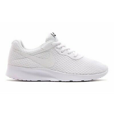 free shipping 22613 72ab7 Chaussures Pour Femmes Fitness Entrainement Nike Tanjun Blanc Baskets  Lumière