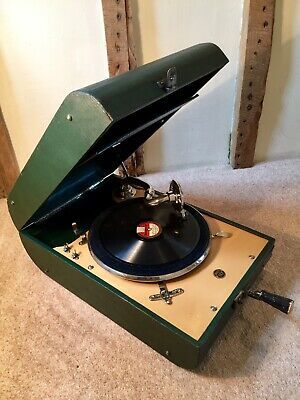 Quality Rare Curved Green Decca Wind~Up Portable Gramophone 1940~Fully Serviced.