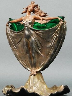 Centerpiece vase Art Nouveau female figures in calamine and crystal circa 1910