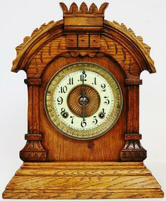 Beautiful Antique American 8 Day Carved Oak Timepiece mantel Bracket Clock