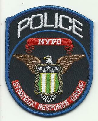 New York City Police Detective/'s Novelty Pin with RETIRED Panel