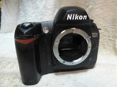 Nikon D D70 6.1MP Digital SLR Camera - Black Body only very low shutter count