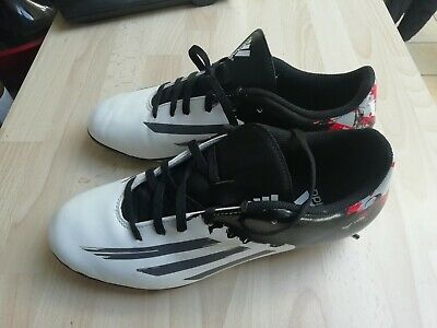 hot sale online 336f1 1252a Chaussures Enfant Femme Football Adidas Messi Taille 40 2 3