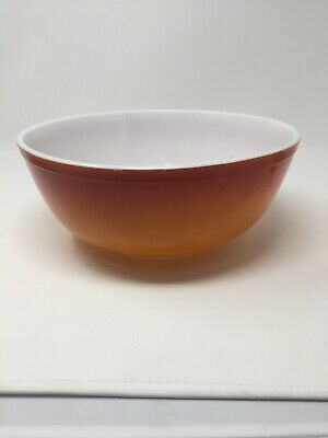 VINTAGE PYREX RED to ORANGE FLAMINGO FLAMEGLO 4 QUART MIXING/SERVING BOWL #404