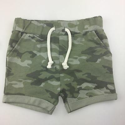 Girls,Boys size 0, Kids & Co, camo print shorts, elasticated waist, EUC
