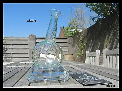 BOREK SIPEK : Crystal Decanter ( signiert / signed )
