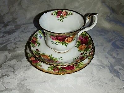 Royal Albert Old Country Roses Trio tea cup and saucer