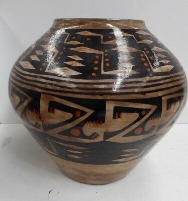 Vintage Native American Indian Hand Painted Pottery Pot Jar / Vase Olla Tribe