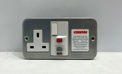 Contactum 4902M Rcd Socket 13A 1G Latching Dp Metal Clad