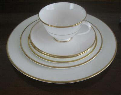 Royal Doulton Regent H4986 5 pc. Place Setting Cup Saucer 3 Plates White w/Gold