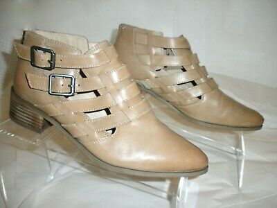 822662bbfd17 Clarks sz 8 -Multi strap low heel ankle booties tan leather Spring Perfect !