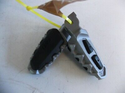 Ducati  939 Hypermotard  Footrests Left And Right