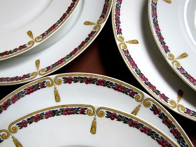 12 assiettes Plates en porcelaine de Limoges France