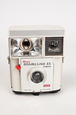 Kodak Brownie Starluxe II white Made in France, 127 film vintage camera