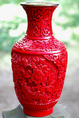 Antique HAND CARVED RED CINNABAR CHINESE VASE Brass Interior Very Heavy Exclt