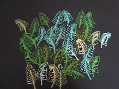 Die Cut Blossom  Leaves 15  Shades Of Green Cardstock