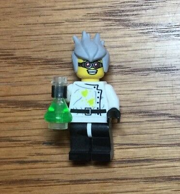 New Genuine LEGO Crazy Scientist Minifig and Erlenmeyer Flask Series 4 8804