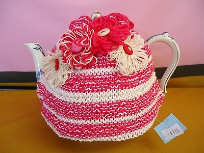 TEA COSY Pink & Cream With Rosette Flowers HAND KNITTED NEW UNUSED #4176