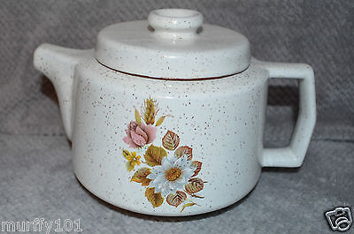 """Vintage Blue Mountain Pottery (Country Rose Pattern)  White 6"""" TEA POT Used"""