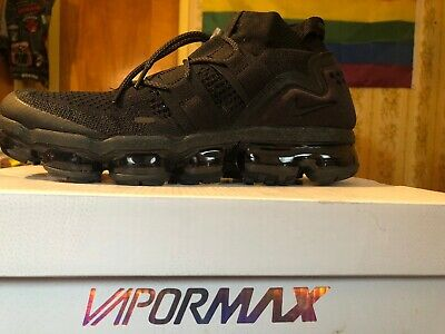 best loved 8396e f47ef Nike Air VaporMax Flyknit Utility Triple Black Rare AH6834-001 Size 10.5