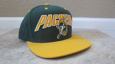 00c0a028e9e Green Bay Packers NFL Mitchell and Ness Throwback Adjustable Snapback Hat  Cap