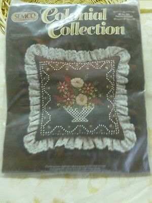 "Vtg Semco Colonial Collection ""Autumn Bouquet"" Pillow/Cushion Kit no 556*BN"