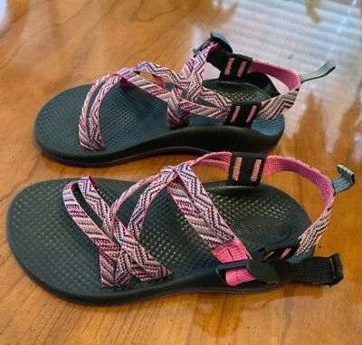 a71676f2b0a8 Chaco ZX1 Girls Ecotread Sandal Strappy Sport Size 3 Pink   Purple Gray