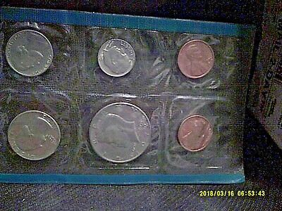 1972 UNCIRCULATED Genuine U.S. MINT SETS ISSUED BY US MINT BIRTHDAY GIFT