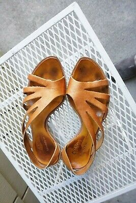 cc45c1fe355 CYDWOQ Vintage Handmade USA Sandal Copper Brown Leather Kitten Heel 38 8  Boho