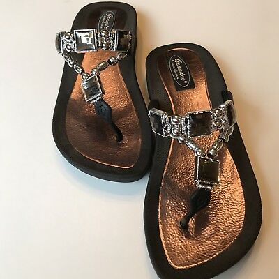 4a548208748ee5 GRANDCO Black Silver Beaded Jewel SlipOn FlipFlop Sandals Shoes Women s(7)