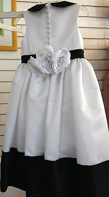 FLOWER GIRL 4 Dress White BLACK TIE Formal Gown LADYBUG Collection ROSE $300 NEW