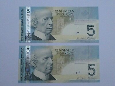 Canada 2010 2 x $5 notes - UNC - Uncirculated condition