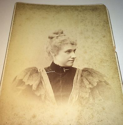 Antique Victorian American Graduate Weltha Darby New Haven CT Cabinet Photo 1894