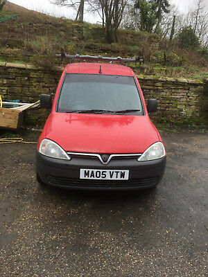 Vauxhall Combo diesel van -  with roof rack