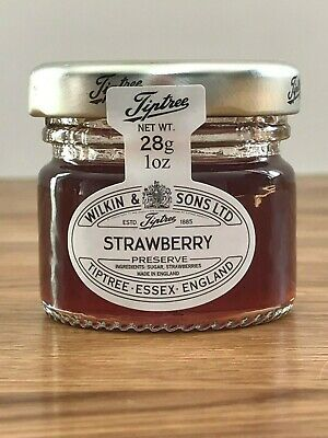 TIPTREE MINI STRAWBERRY JAMS 28g GREAT FOR WEDDING FAVOURS OR BABY SHOWERS