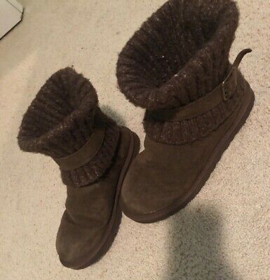 ab90c5f81cd UGGS CAMBRIDGE BOOTS size 11 women