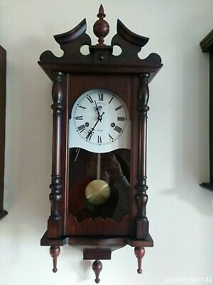 Vintage C Wood & Sons Wind Up Wall Clock wit pendulum