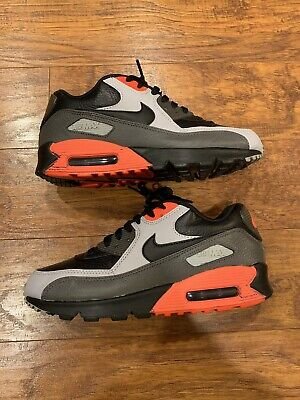 NIKE AIR MAX 90 Leather Running Men's Shoes 652980 002 Black Crimson Size 8 US
