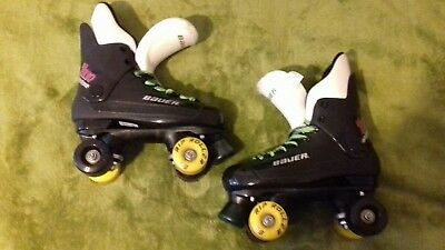 """Bauer"" ""Turbo"" original 90s quad rollerskates in a uk size 5."