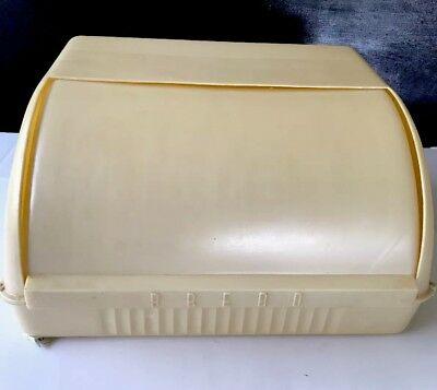 VINTAGE RETRO CREAM PLASTIC BREAD BIN Made In AUST in EXC VINTAGE condition