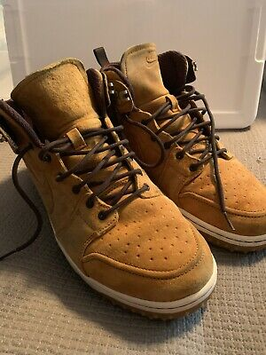 cheap for discount c47f1 f4877 Nike Dunk CMFT Sneaker boot Size 10.5 Wheat