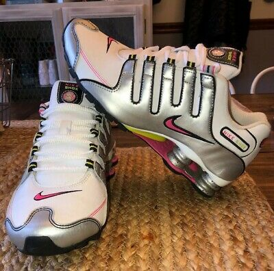 more photos 6b18d bc880 Womens Nike Shox Size 7 White Leather, Silver, Hot Pink... So
