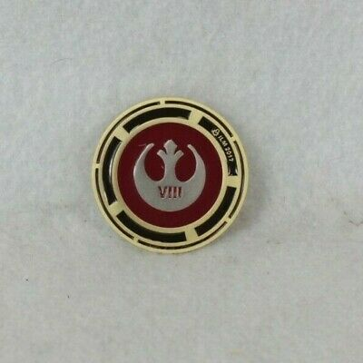 Disney ILM VFX Star Wars Episode VIII The Last Jedi Crew Cast Pin