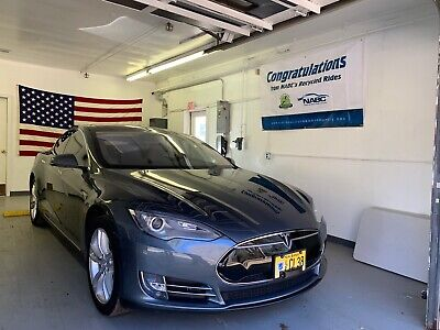 2013 Tesla Model S Performance Model S P85- Many upgrades and extras! Check out the details! No Reserve!
