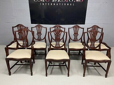 Exquisite set of 8 Prince of Wales style dining chairs Pro French polished