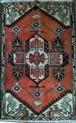Tapis Persan Traditionnel Oriental hand made 130 cm x80 cm  N° 90