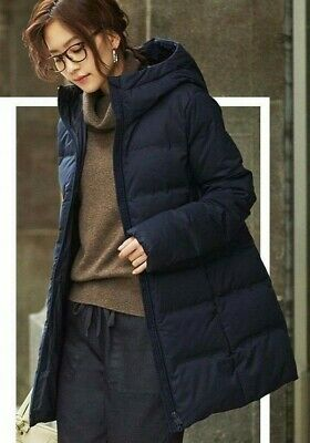 932558bd34 NWT Uniqlo Women Seamless Down Short Coat Water Repellent Hooded Jacket  Navy M