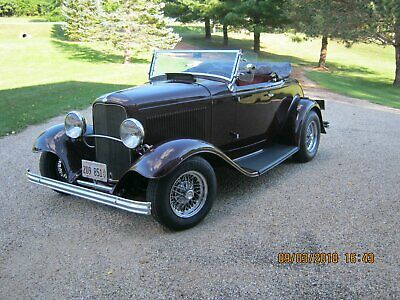 1932 Ford Model 40  1932 Ford Roadster
