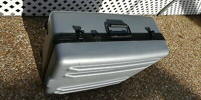 "Parker 25"" x 22"" x 12"" Grey Polyethylene Heavy Duty Equipment Case NO FOAM"